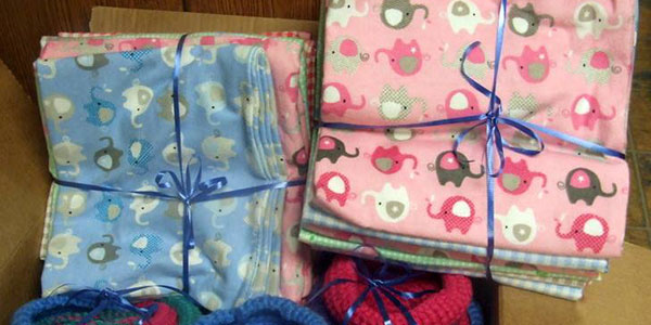 volunteer to sew baby blankets