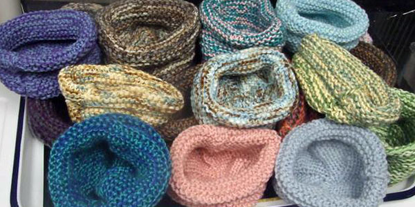 volunteer to knit or crochet nests